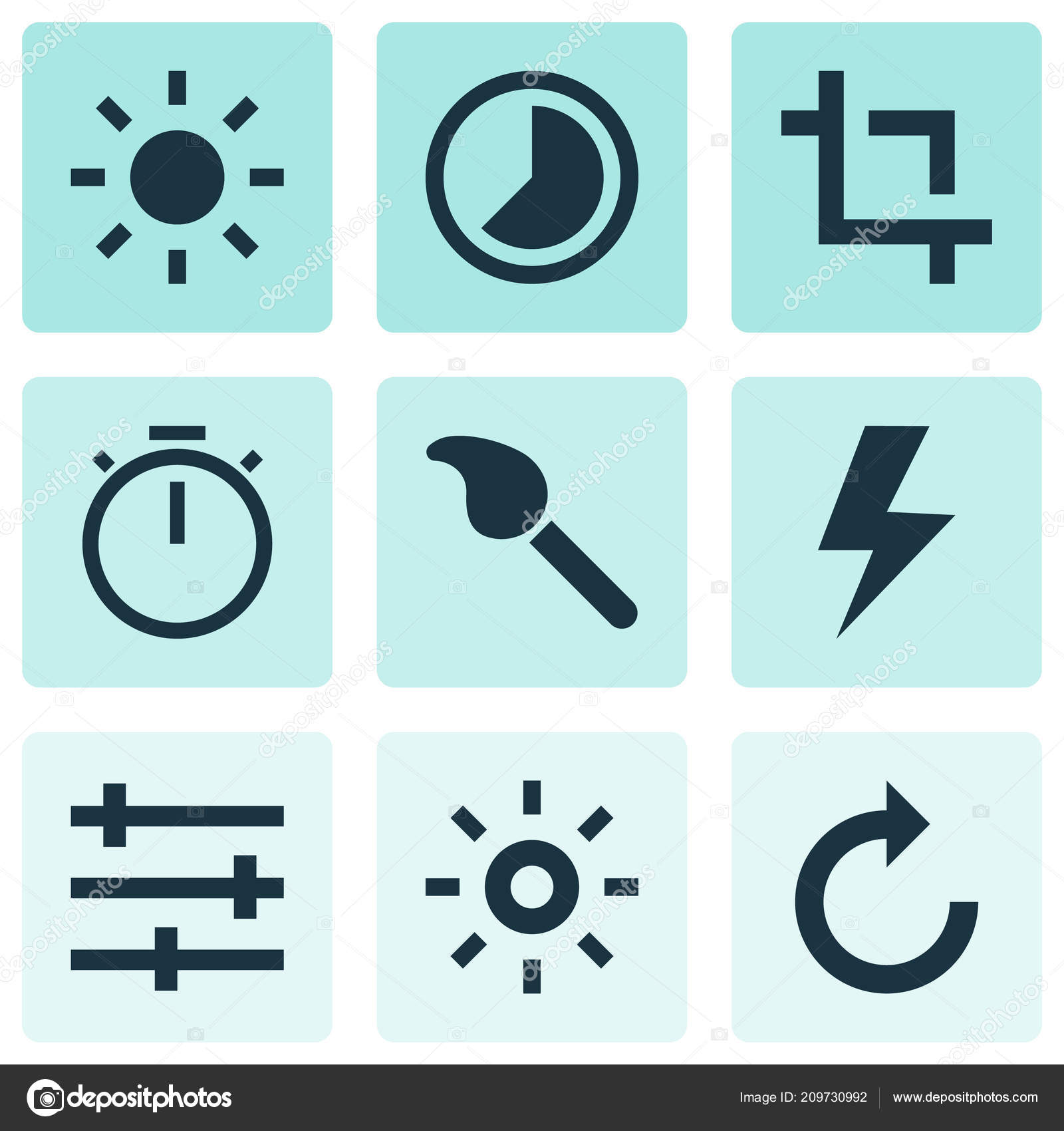 Image icons set with lightning, capture, refresh right and