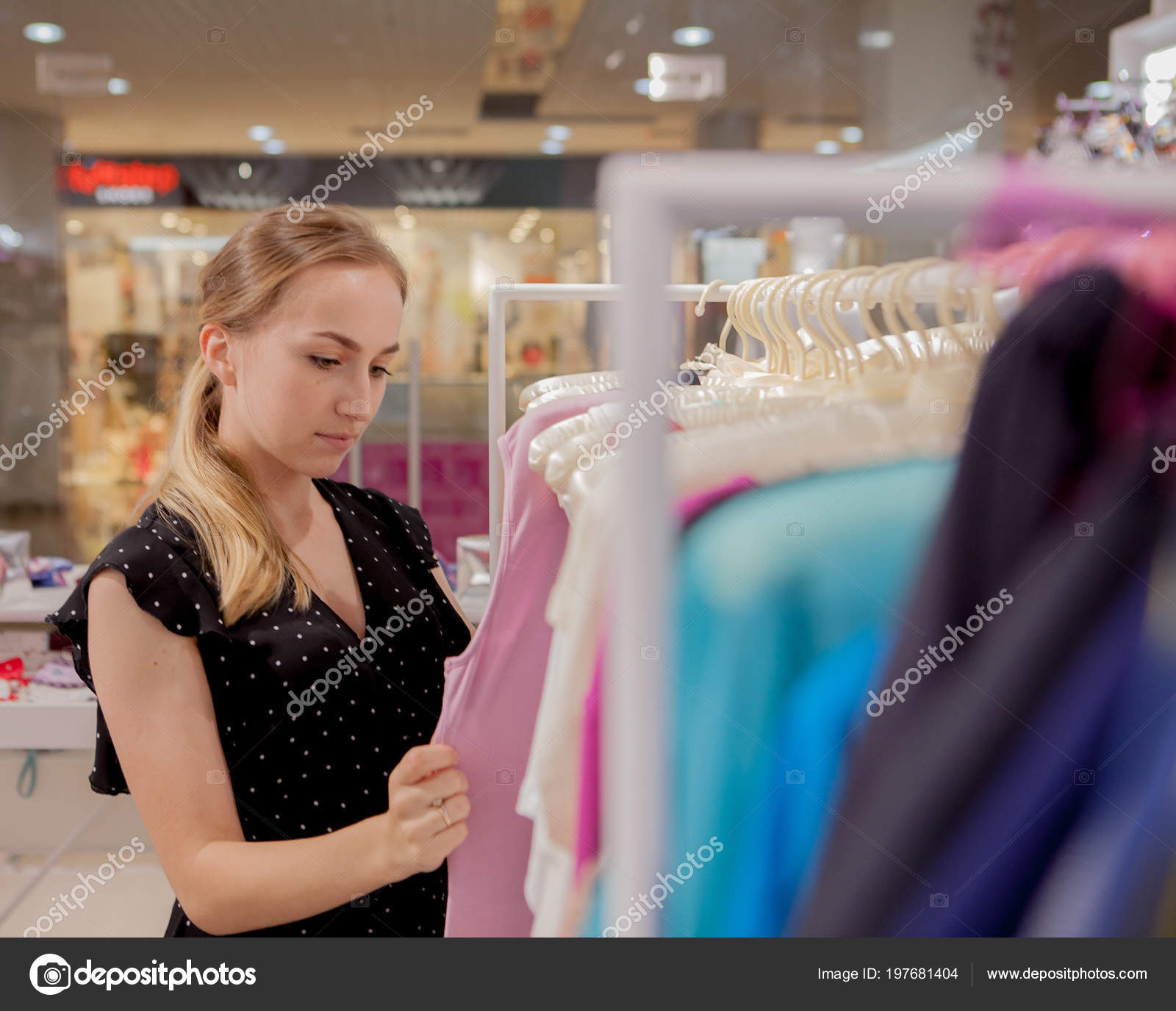 Woman Looks Clothes Advertise Sale Fashion Concept Woman Standing Shop Stock Photo C Volody100 Ukr Net 197681404