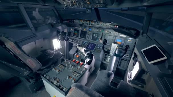 Moudrý, úhel zobrazení prázdné kabiny fungující letadla