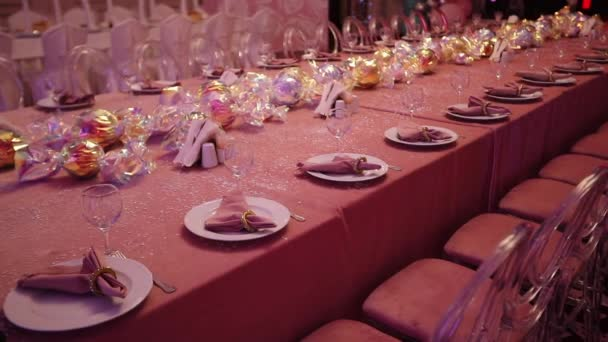 Motion Along Luxurious Table Served For Birthday Celebration With Decorations In Restaurant Close View Slow Motion