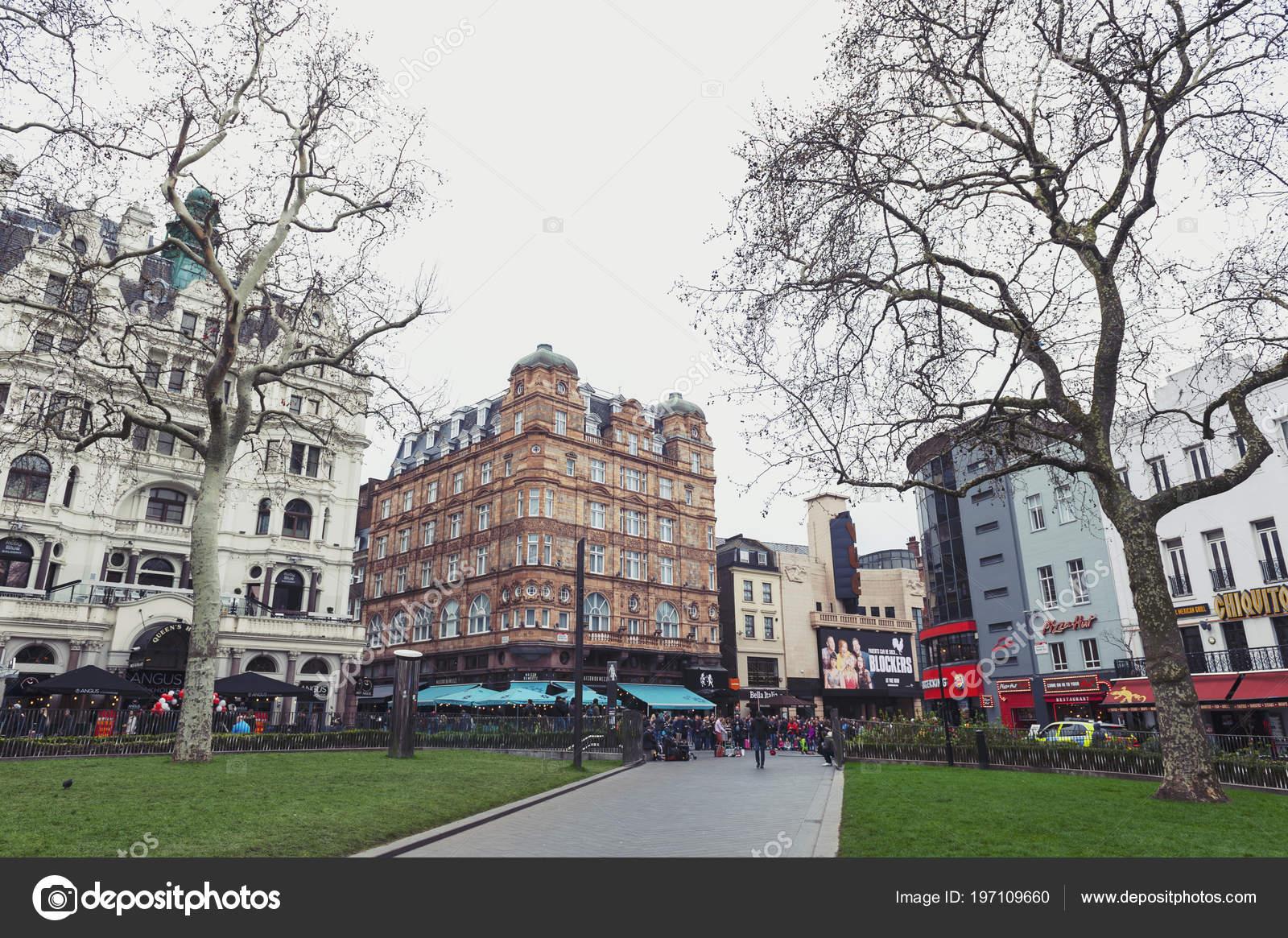 London April 2018 Old Buildings Shops Restaurants