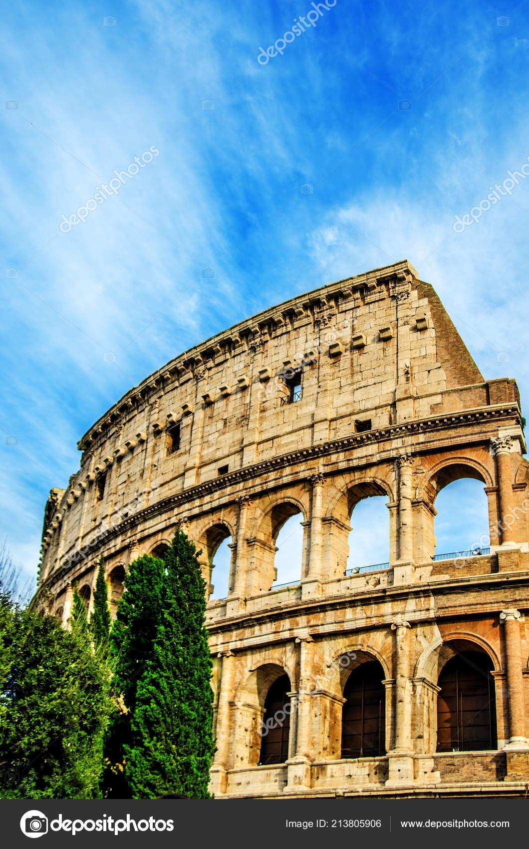 Ruins Colosseum Blue Sky White Traces Floating Clouds Rome