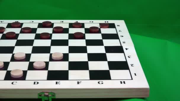 umístění bílé čipy na šachovnici