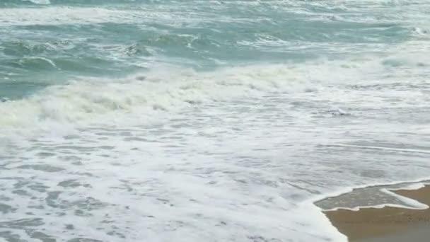 Pláž idylické tropické tyrkysové pláže v Karibském moři s bílého písku pobřeží