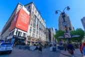 New York, Usa - 8. května 2018: Historické Macy Herald Square 34th Street. Macy je řetěz střední kategorie obchodní domy vlastněné americkou nadnárodní korporace Macy, Inc
