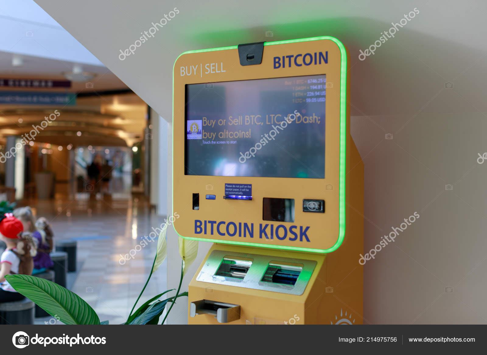 1ed2a27a4a0d Portland Oregon Sep 2018 Bitcoin Atm Pioneer Place Shopping Mall — Stock  Photo