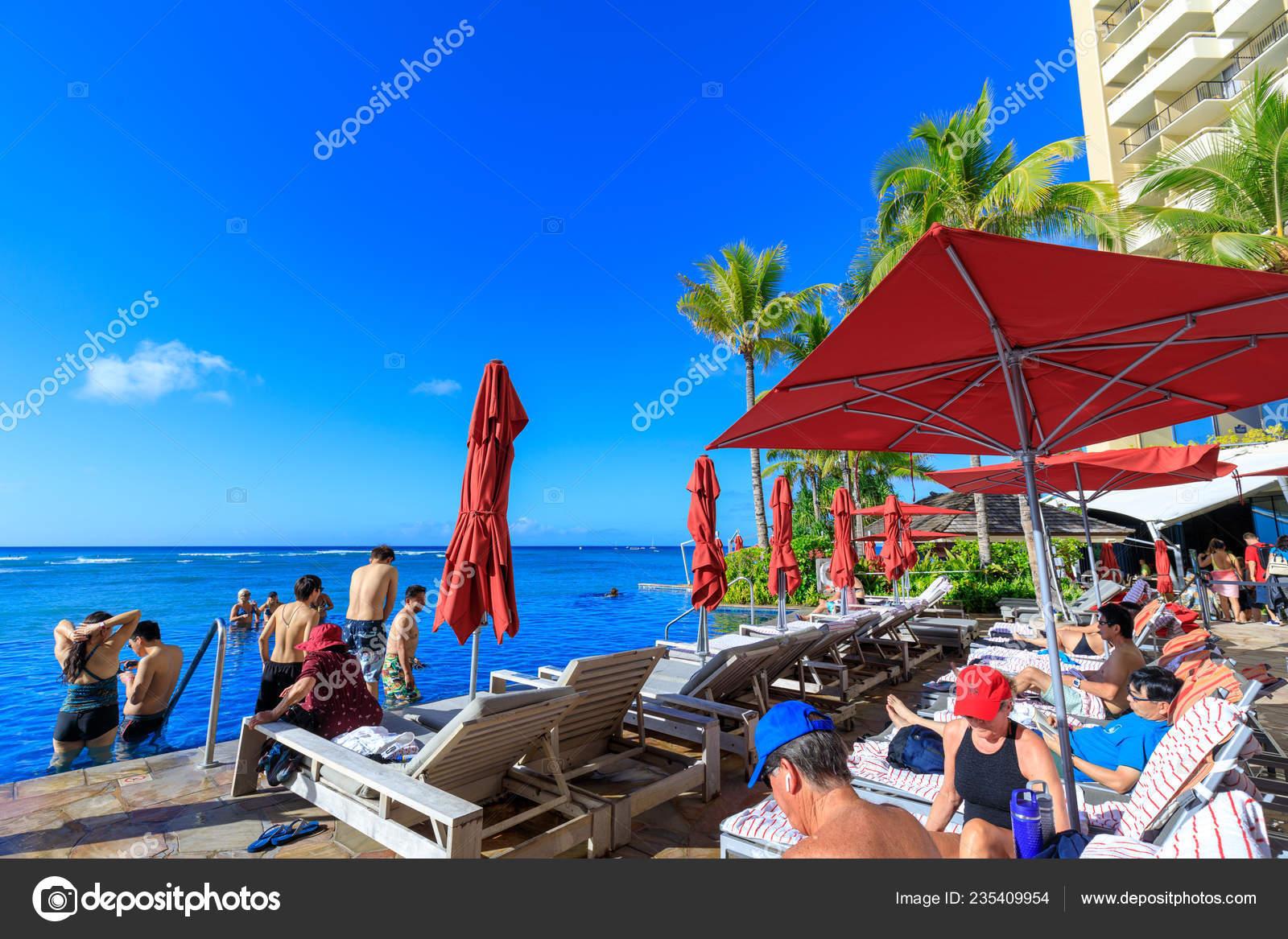 Honolulu Hawaii Dec 2018 View Sheraton Waikiki Beachfront