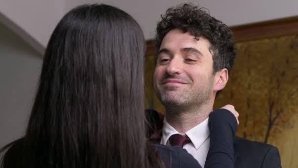 zhena-pered-video-smotret-video-seks-u-voroninih