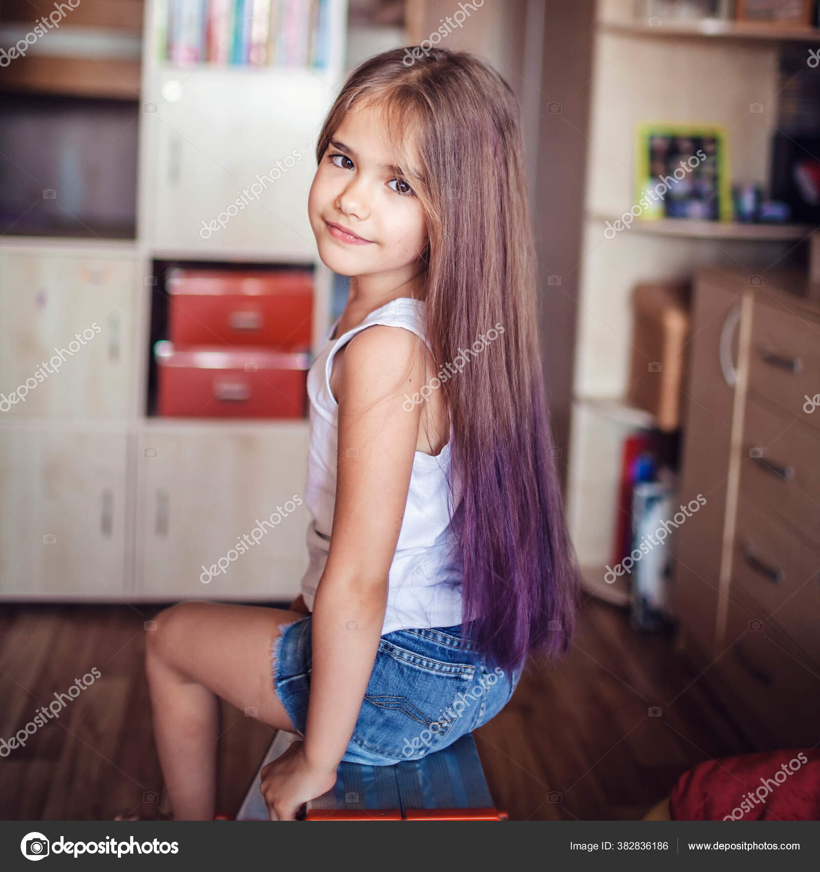 Beauty Salon Home First Hair Dye Experience Girl Power Cute Stock Photo C Maria Symchych 382836186