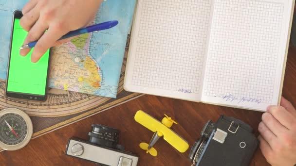 Cestovní plánování koncepce na mapě