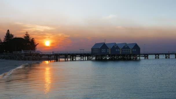 széles szög kilátás Nyugat Ausztrália busselton móló a naplemente, a déli féltekén a leghosszabb móló