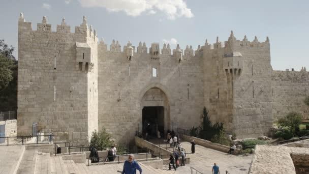 Jeruzalém, Izrael-září, 21, 2016: damašská brána do starého města v Jeruzalémě