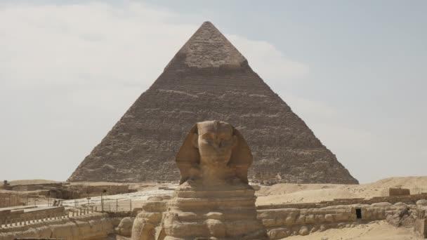 the sphinx and the pyramid of khafre at giza near cairo, egypt