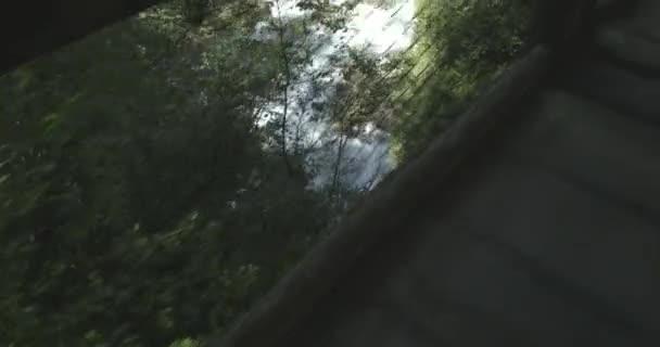 Video B272015304