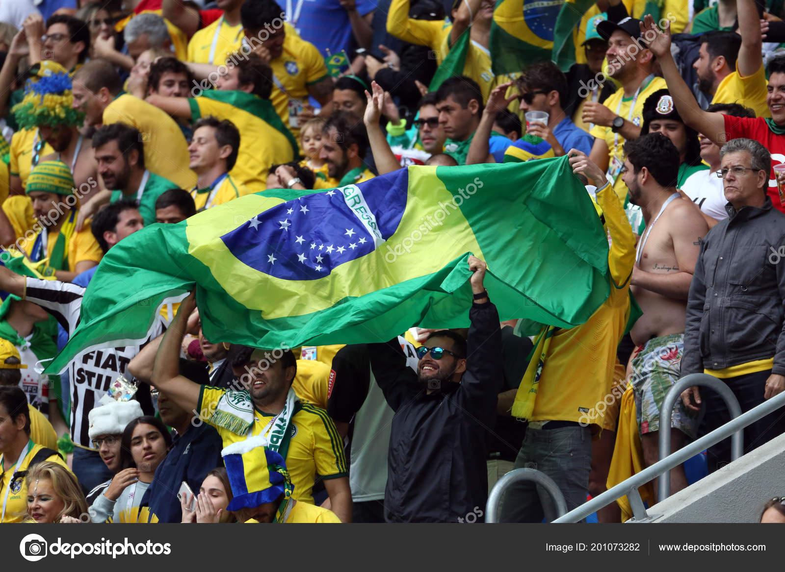 647287aa3 2018 Saint Petersburg Russian Brazilian Fans Celebrate Victory Fifa ...