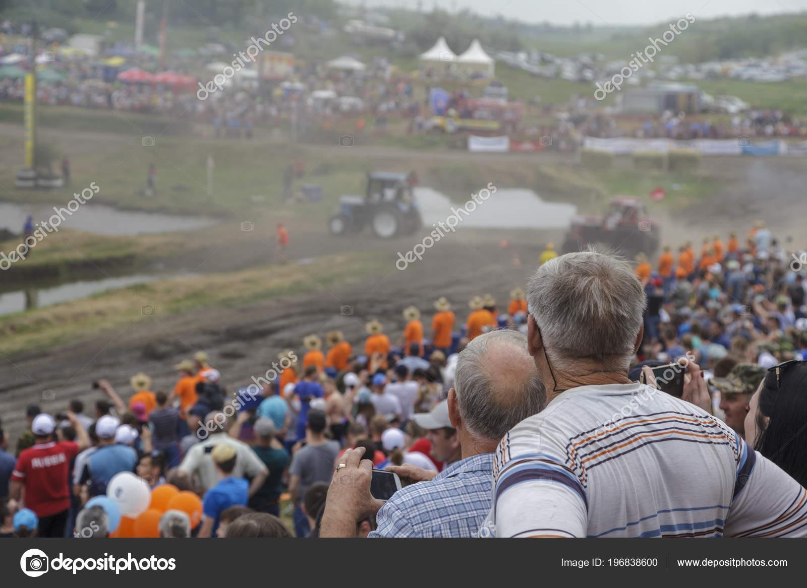 Дону россия мая 2018 гонки тракторах ростове гонки грузовиков.