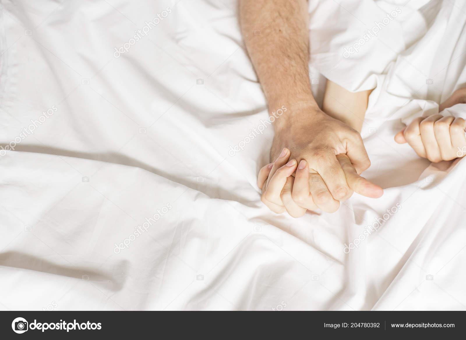 mladý ženský orgasmus zralý anální sex.com
