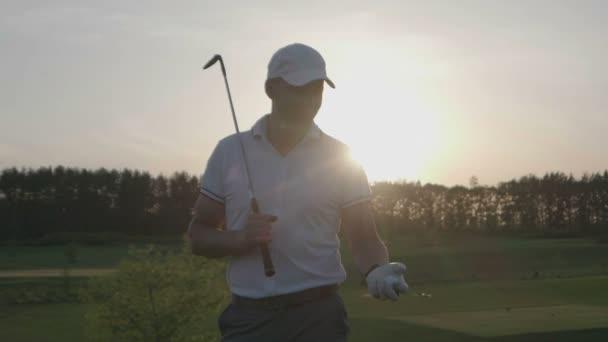 Mužské golfista golf club hřiště