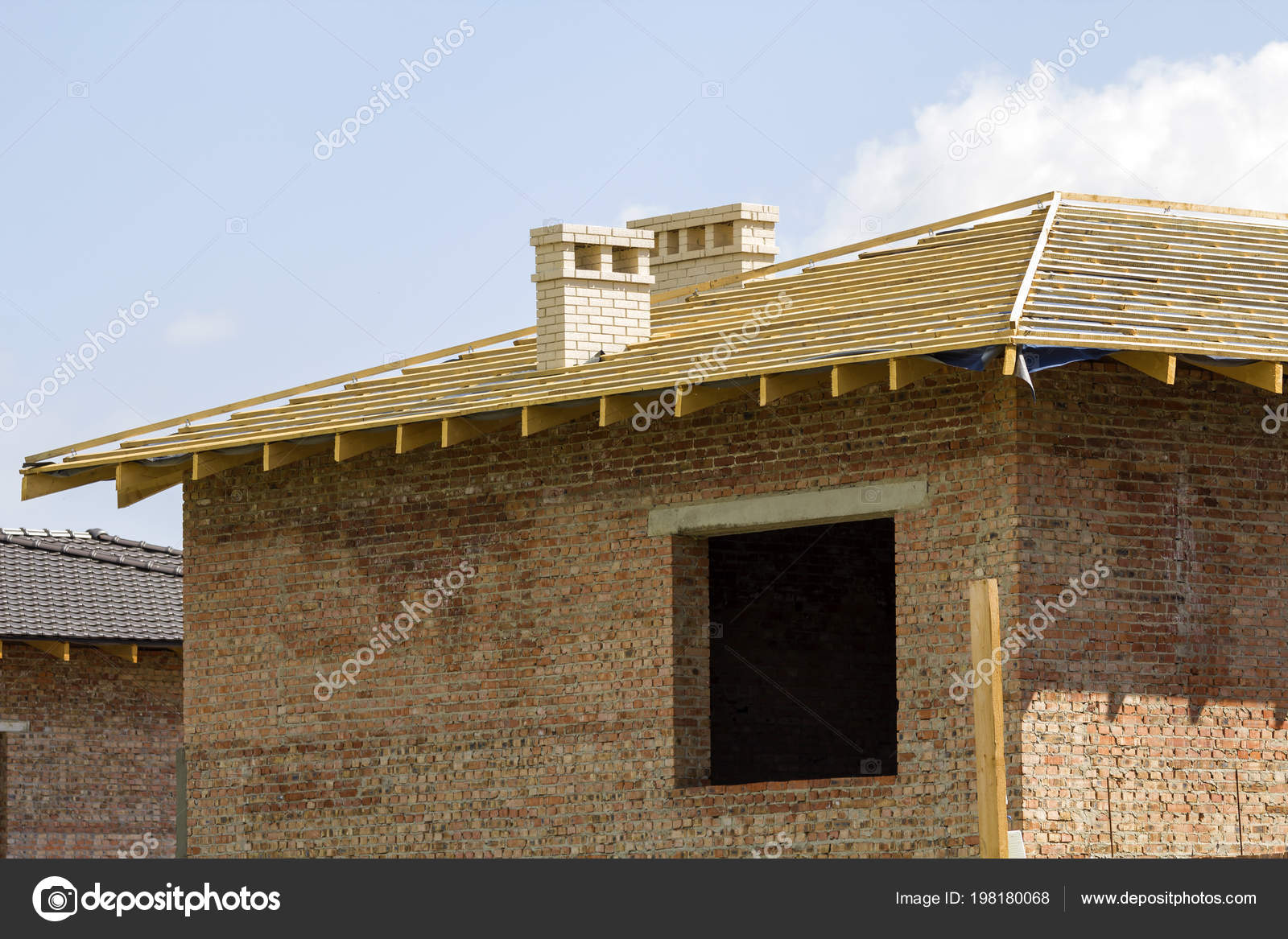Close Detail Wooden Roof New Brick House Two White Chimneys — Stock