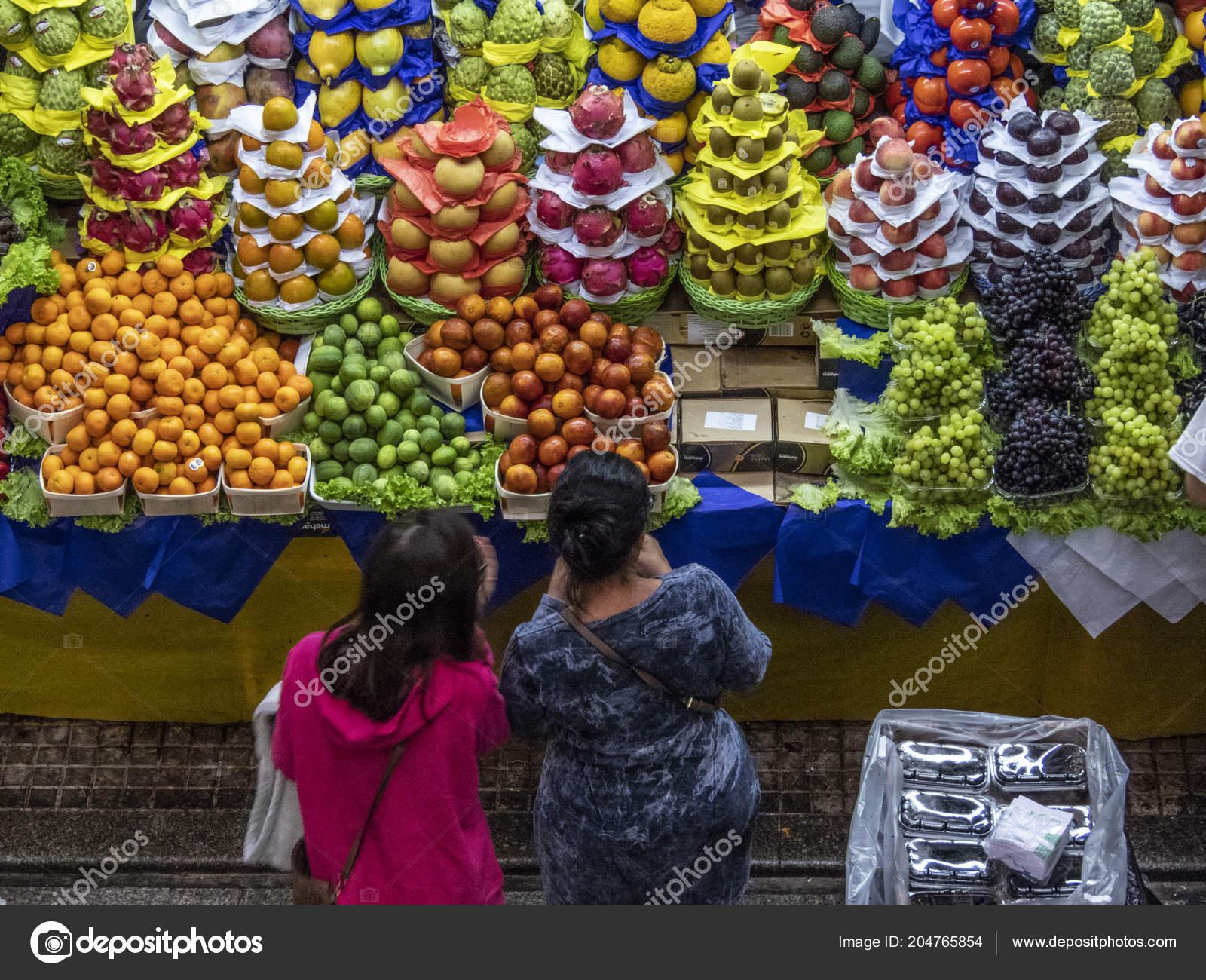 Resultado de imagem para frutas - mercado -- brasil