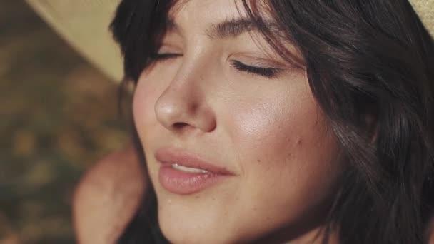Detailní portrét dívky s neobvyklou a velmi krásné oči