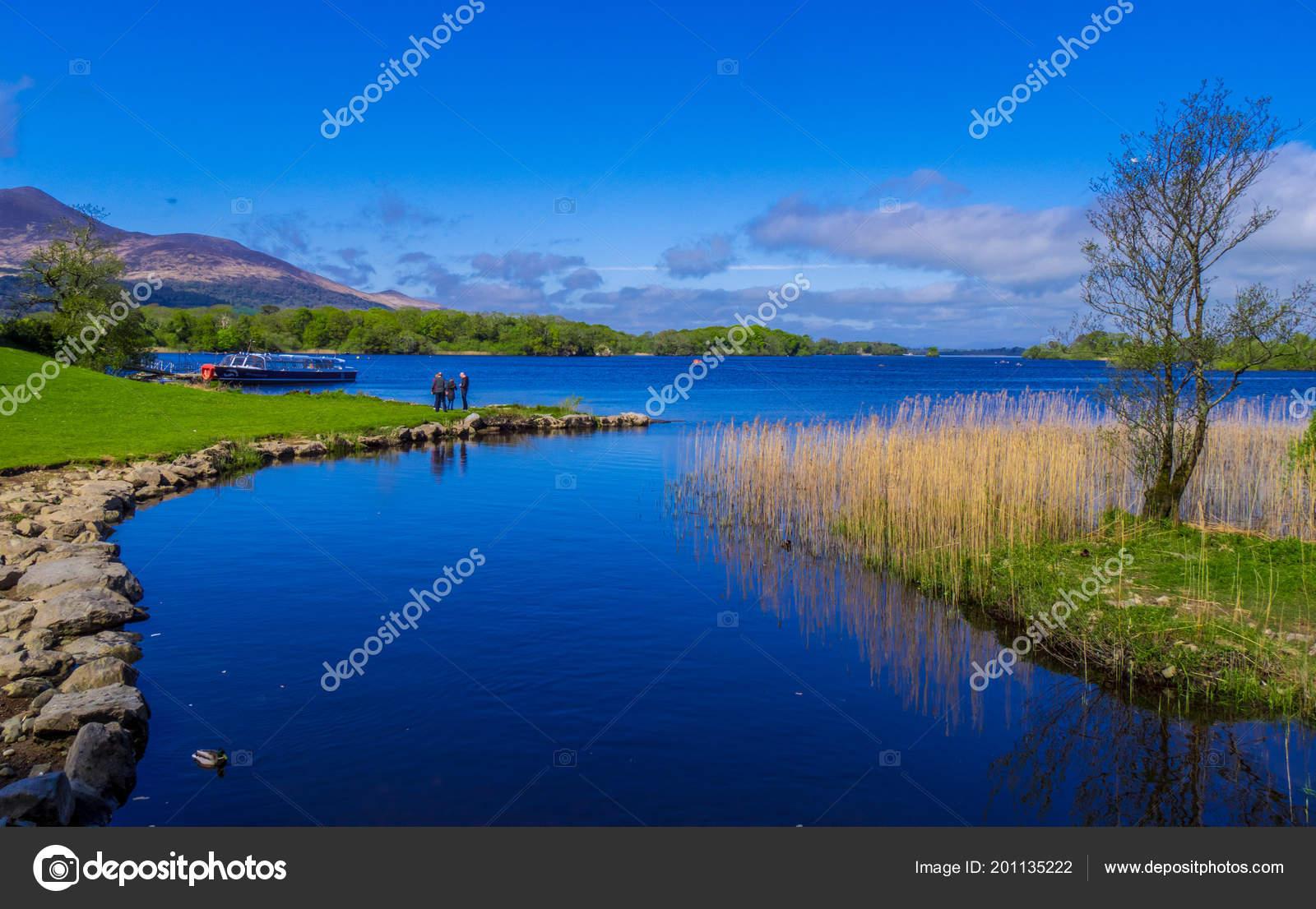 Impresionante Naturaleza Y Agua Azul En El Parque Nacional De