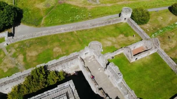 Famosi castelli in vista aerea - Castello di Cragmillar a Edimburgo - Scozia