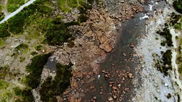 Malé creek na Sligachan na ostrově Skye - letecké dron zobrazení