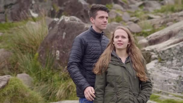 Young couple does an amazing trip to the west coast of Ireland
