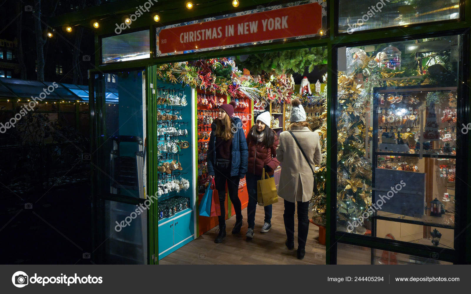 Bryant Park Christmas Market.Christkindles Market At Bryant Park Manhattan Christmas In