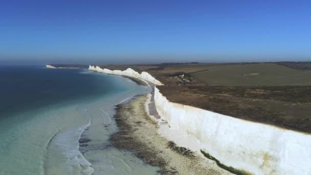 Hét Sisters tengerpart Angliában a fehér sziklák-légi nézet