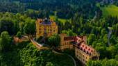 Fotografie Berühmtes Schloss Hohenschwangau in Bayern Deutschland - das Hohe Schloss