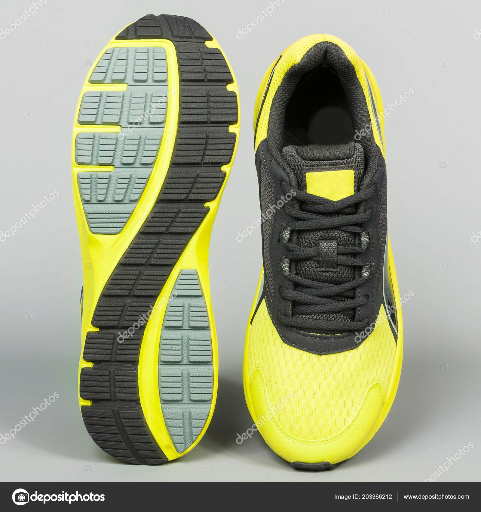 44cd3ba30ed Τένις Αθλητικά Παπούτσια Ουδέτερο Φόντο — Φωτογραφία Αρχείου ...
