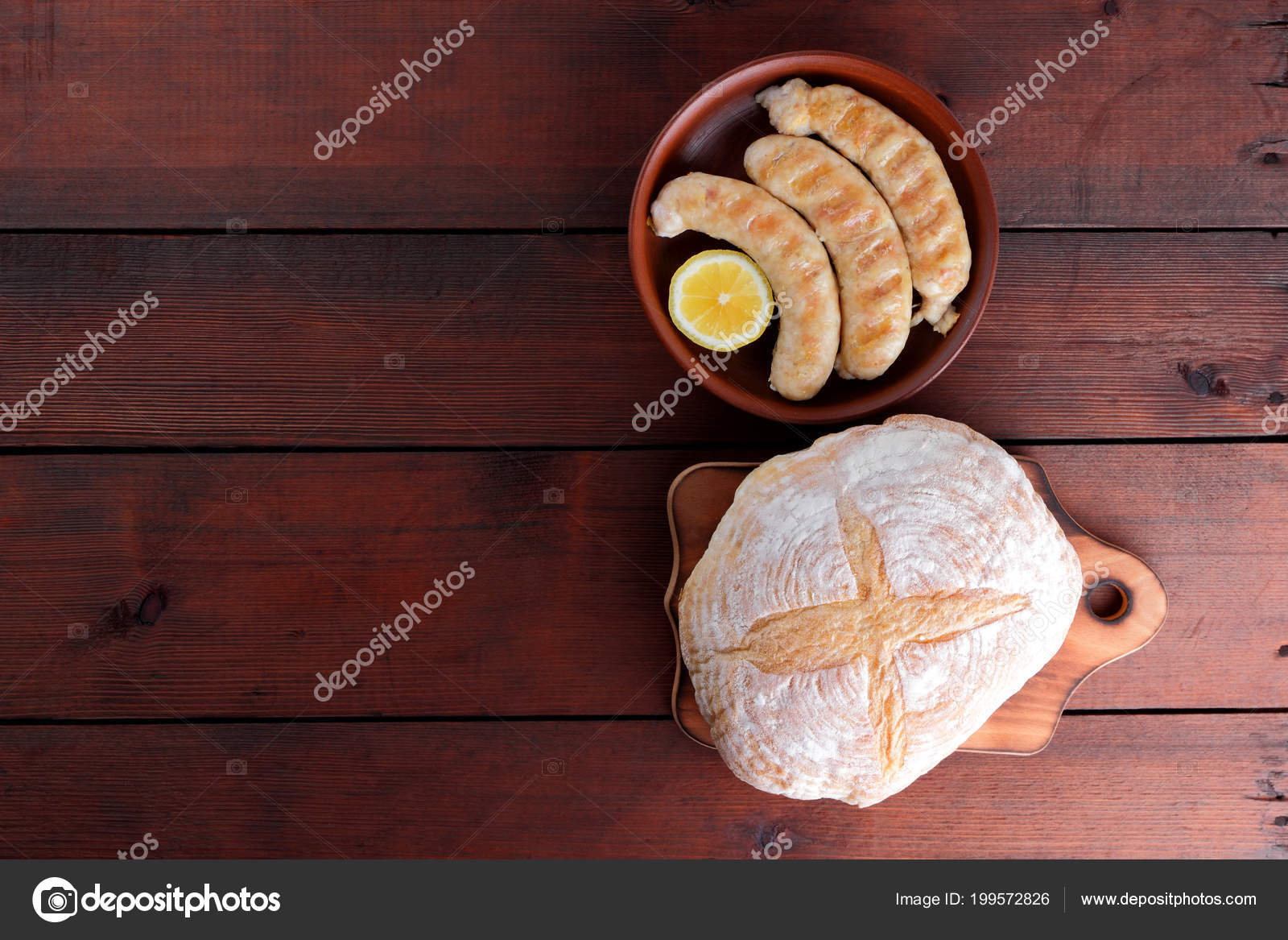Baguette En Bois Decorative sausages cooked grill dark wooden background chicken