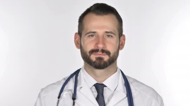 Portrét lékaře mává prst odmítnout