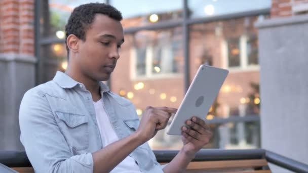 Wow, Afrikaner unter Schock mit Tablette