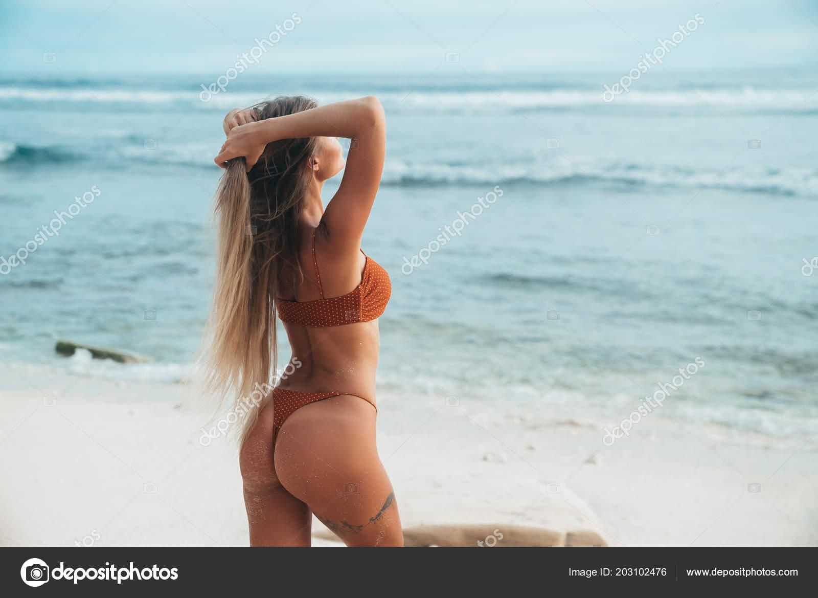 long hair photos with Round ass
