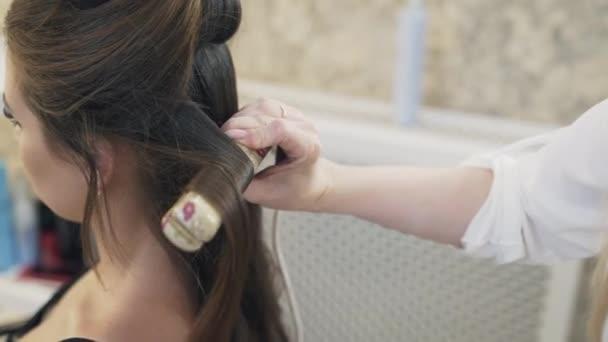 Un corte de cabello largo