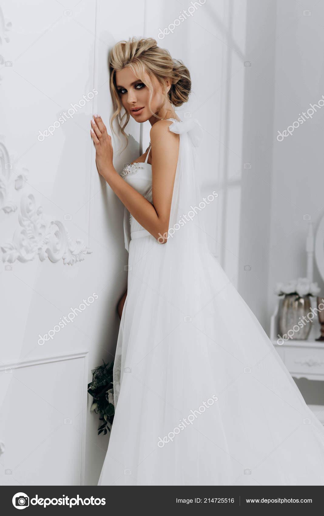 Blonde Wedding Dresses