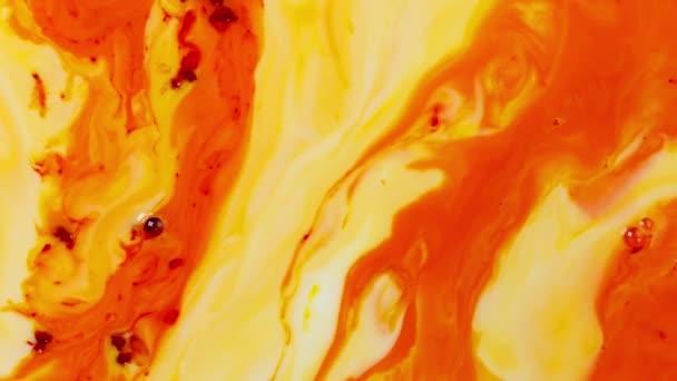 Barva abstrakce barevného vybarvení rozbalit difúzi psychedelický rázný pohyb. měkké barvy, abstraktní kompozice. Akrylová textura s červeným mramorem pozadí