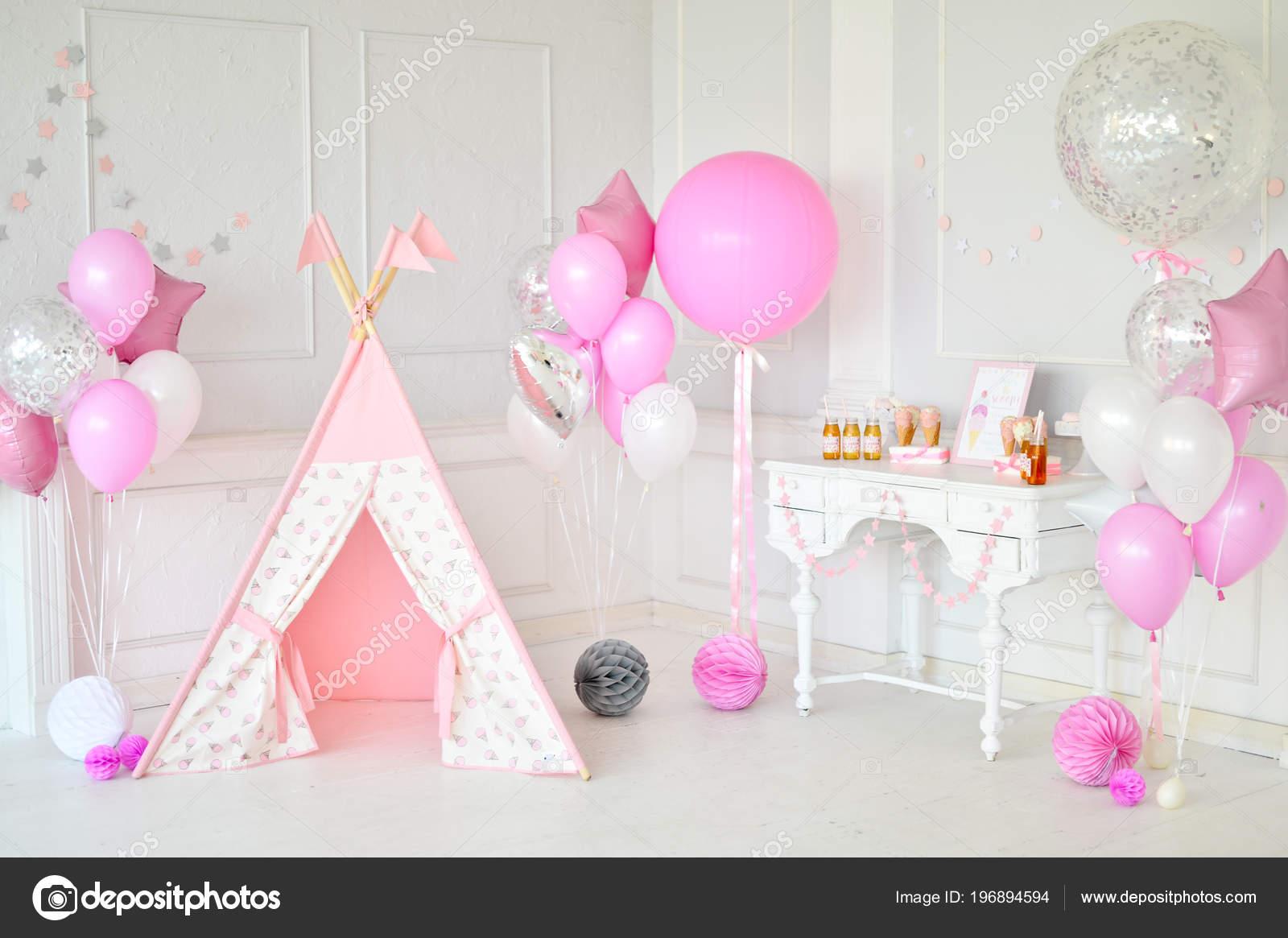 Decorazioni Per Feste Di Compleanno Roma : Decorazioni festa sacco palloncini rosa bianco colori torte festa