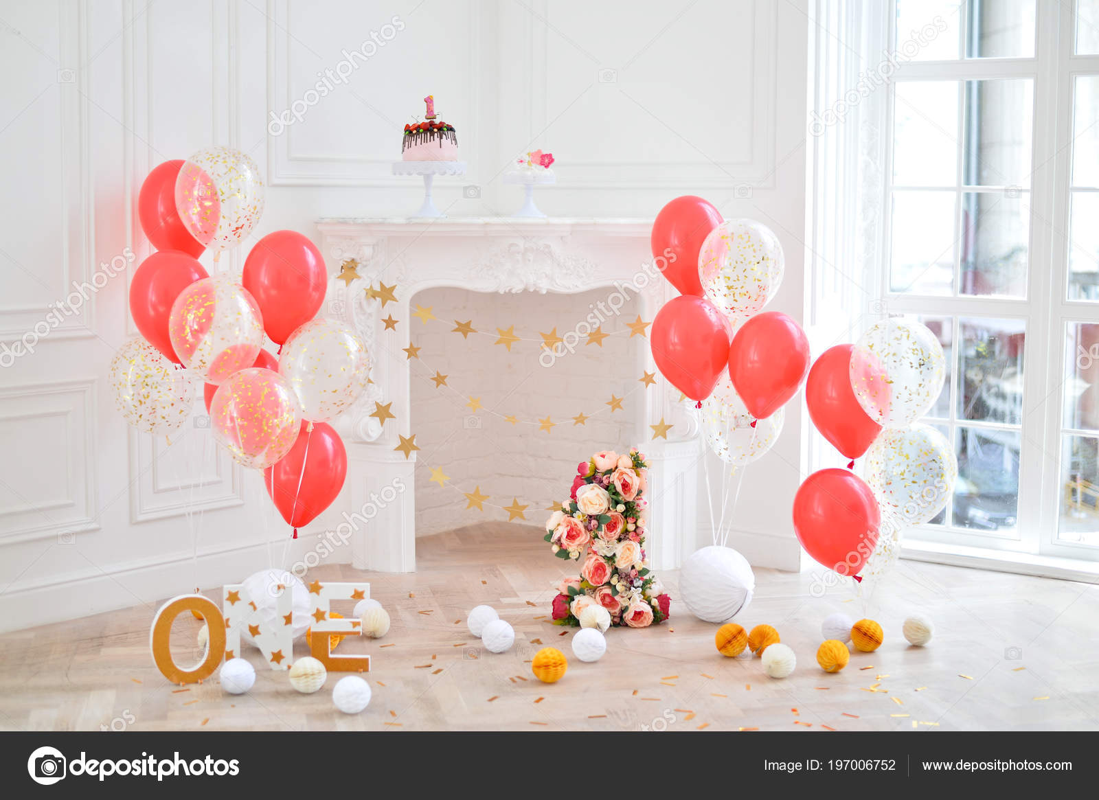 Decorations For Birthday Party A Lot Of Cakes Balloons Red And White Colors One Year