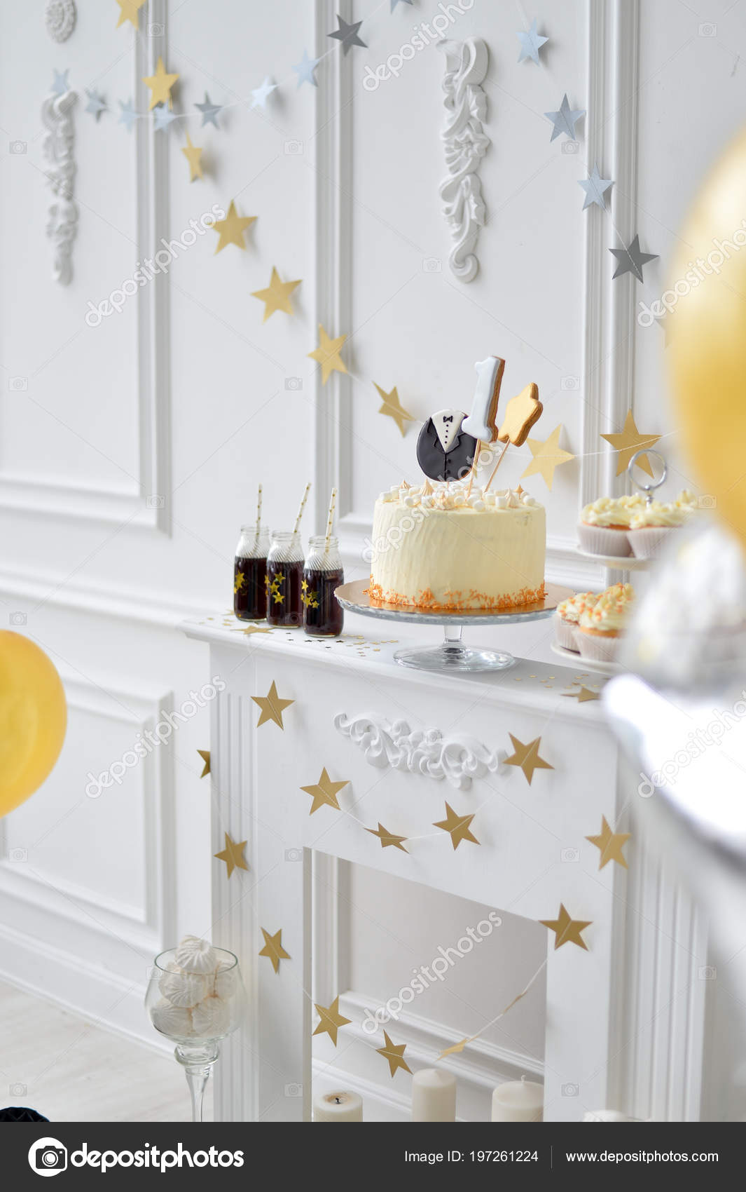 Beautiful Decorations For Birthday Party A Lot Of Stars And Balloons Cakes Holiday One Year