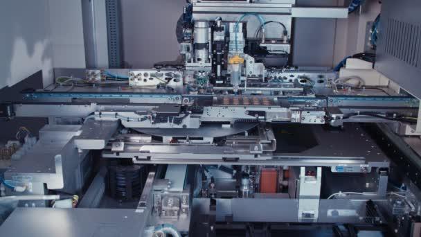 Macchina automatica di Smt immissione di componenti elettronici su una tavola