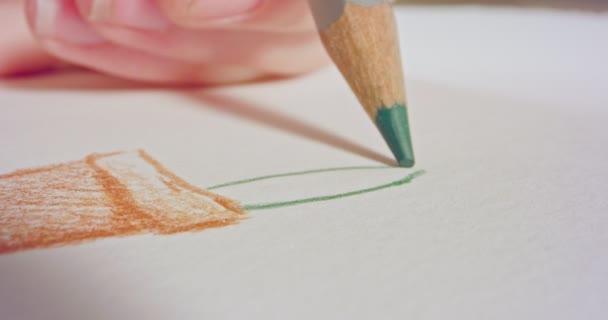 Makro szemcsésedik-ból egy színes ceruza tipp a rajz papír