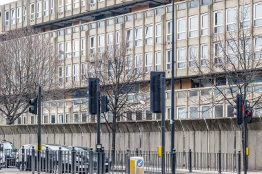 Dilapidated council flat housing block, Robin Hood Gardens, in East London