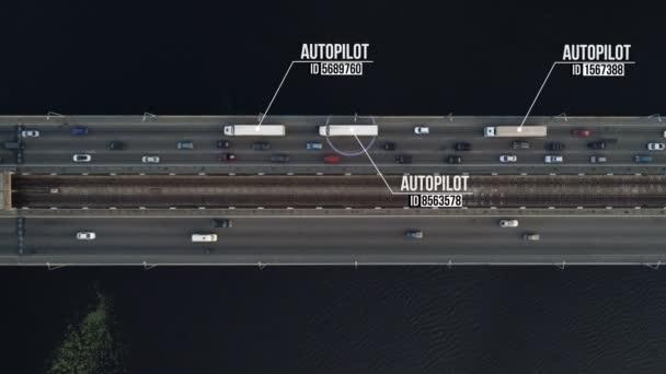 Letecký snímek autonomní (jízda bez řidiče, vlastní) kontejner kamiony na dálnici Lávka přes řeku