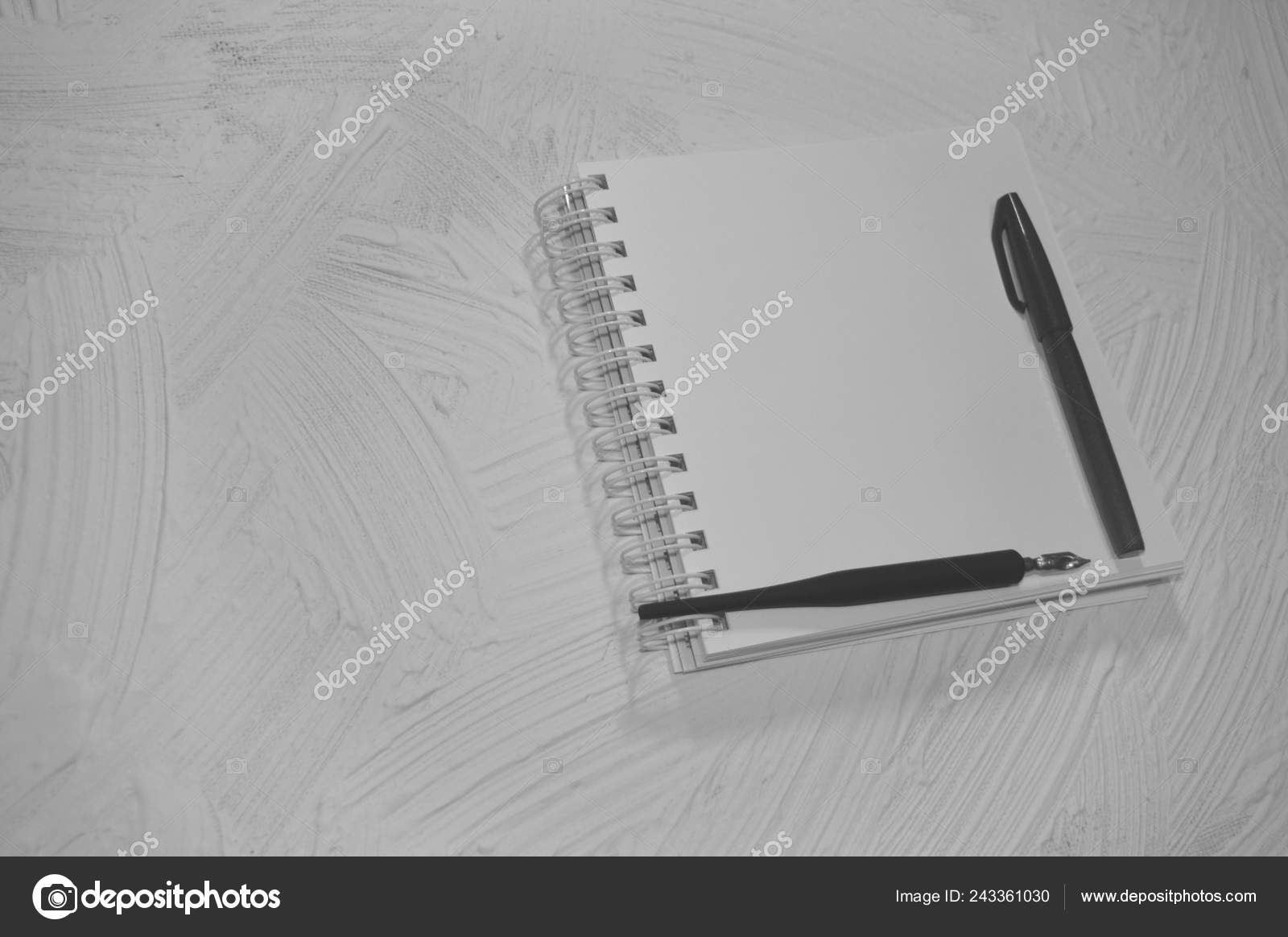 Notebook pen pencil drawing mock empty sketchbook black background