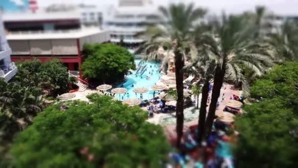 eilat, israel schöner Pool in einem Hotel in einem tropischen Resort