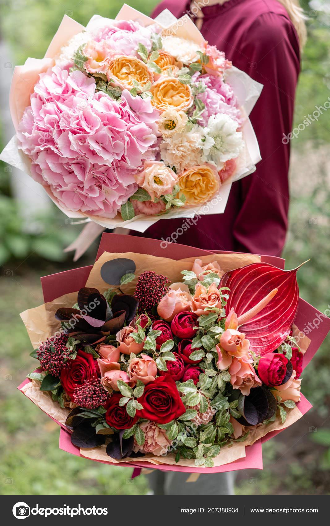 Dos Hermosos Bouquet De Verano Arreglo Con Flores De Mezcla